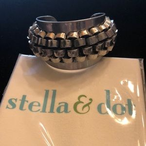 Stella & Dot silver cuff and polishing cloth